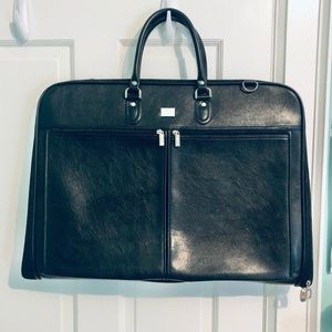 [NEW] Leather Suit Carrier